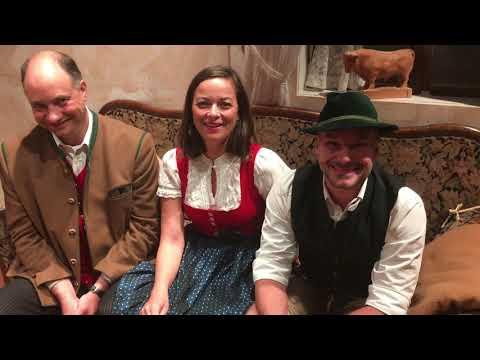 Tradition & Spielfreude ‒ hinter den Kulissen des Schlierseer Bauerntheaters
