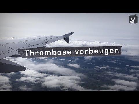 Thrombose im Bein: Bei Langstreckenflügen vorbeugen!